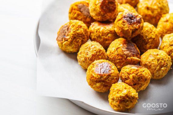 Chifteluțe de dovlecei și mozzarella