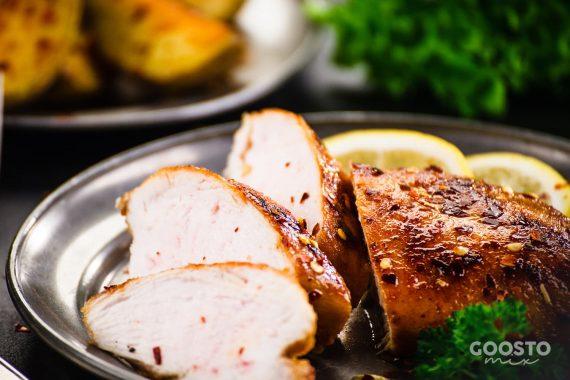 Piept de curcan marinat gătit la Varoma și în cuptor