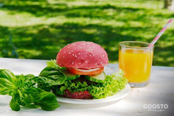 Chifle roz pentru burgeri. Rețetă vegană la Thermomix