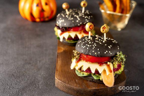 Burger cu chifle negre la Thermomix