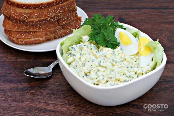 Salată cu ouă și ceapă verde la Thermomix